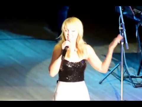 Певицу Валерию приятно удивил концертный зал молодежного центра, Блокнот Россошь, 08.11.2017