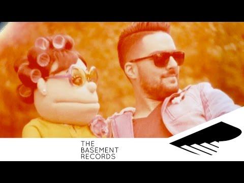 حسن الشافعي مع ابلة فاهيتا - #مايستهلوشي | Hassan El Shafei ft. Abla Fahita - Mayestahlushi Music Videos