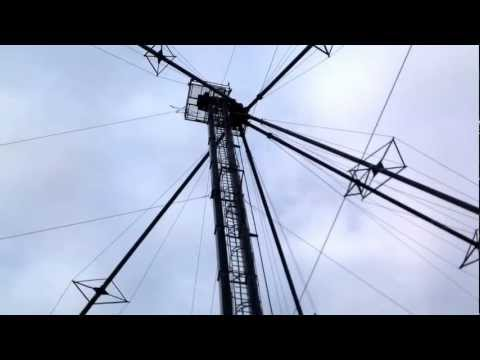 Cable spinning on tower.