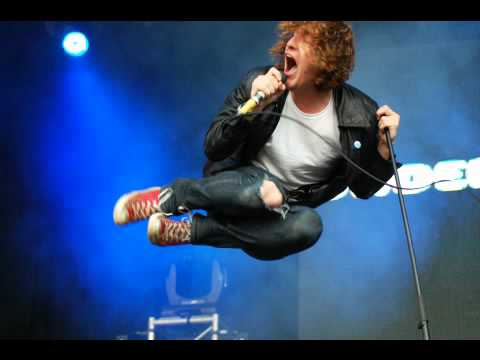 The Pigeon Detectives - Take Her Back - Lyrics