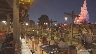 [4K] Big Thunder Mountain Coaster Ride at Night - Disneyland