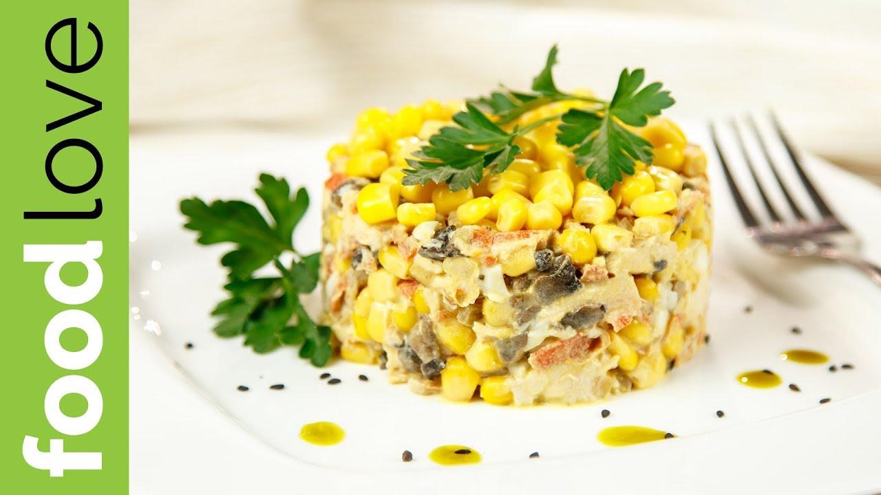 Салат курочка ряба с курицей и грибами