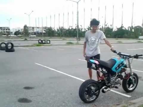 stunt kawasaki ksr