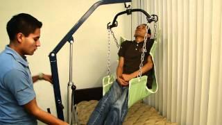 Grua Hidraulica para elevar un paciente de la cama a una banca para ducha