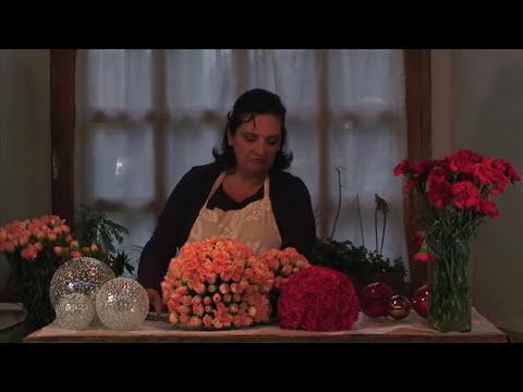 Como hacer un arreglo de esferas de flores