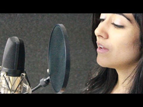 Tujhko Jo Paaya (candlelight Cover) - Aakash Gandhi (feat Jonita Gandhi) video