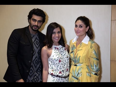 Arjun Kapoor & Kareena Kapoor Play 'Never Have I Ever'