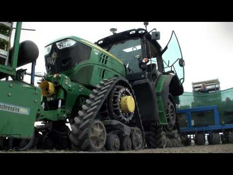 John Deere 6150R on Soucy Tracks planting Celeriac + Ferarri Multipla GoPro Hero 3 Full HD
