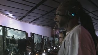 Snoop Dogg Playing BATTLEFIELD 1 Multiplayer
