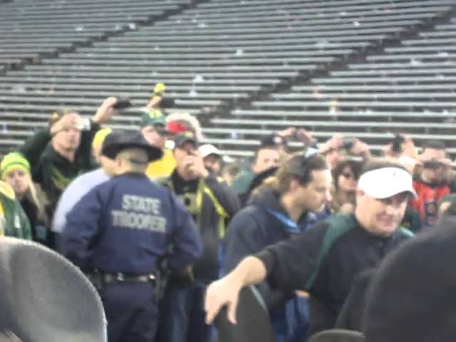 Oregon head coach Chip Kelly arrives for post-game interview with ESPN 12-04-2010