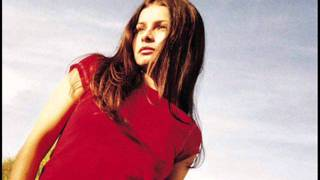 Watch Mazzy Star Roseblood video
