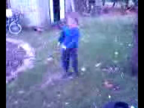 LITTLE BOY DANCING TO INAPPROPRIATE SONG Video