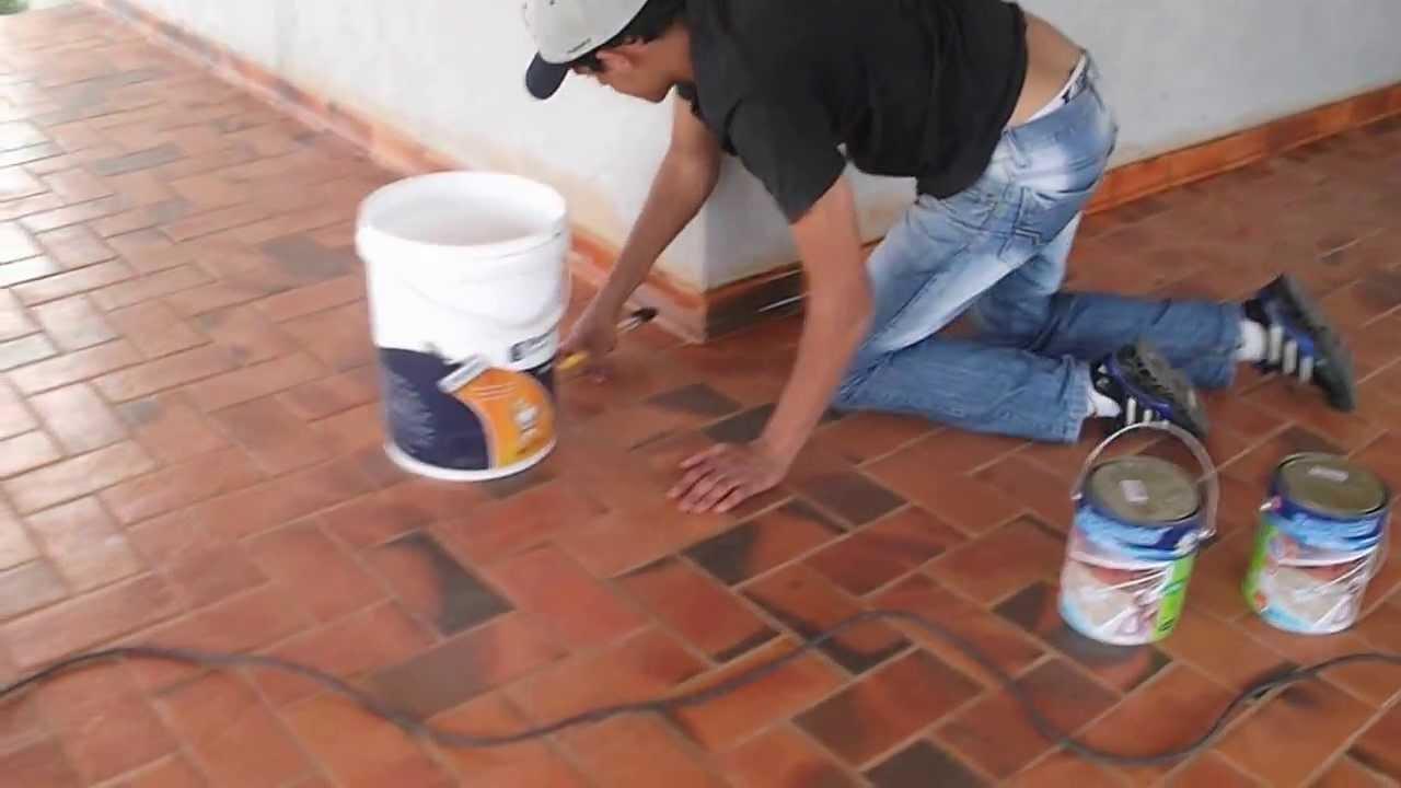Aplica o de resina em lajota youtube for Ceramica para exteriores