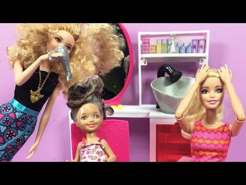 Barbie ve Ailesi Bölüm 114 - Ceren'in Yıpranmış Saçlarına Bakım - Çizgi film tadında Barbie oyunları