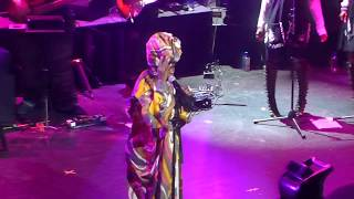Ms Lauryn Hill 34 Can 39 T Take My Eyes Off Of You 34 Live At The Apollo 5 1 18