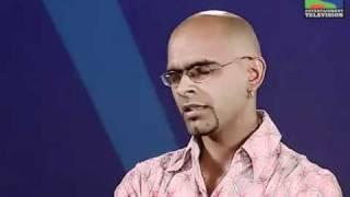 Raghu Getting Screwed In Indian Idol !!