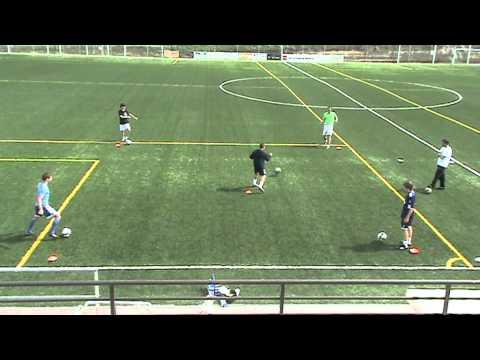 Entrenamientos en el campo de fútbol de Alalpardo, Madrid.