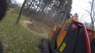 Först Tr6 Woodchipper in action