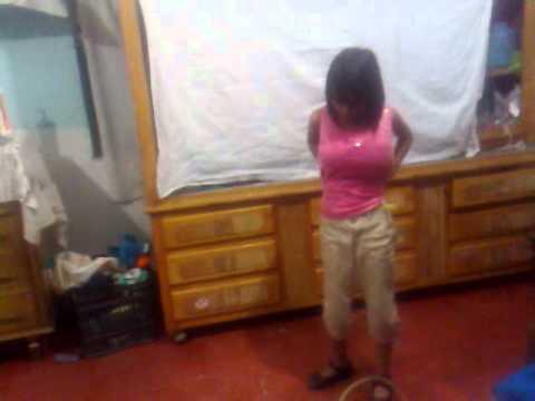 la niña d 10 años con bubis grands