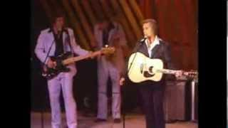 Watch George Jones You Better Treat Your Man Right video
