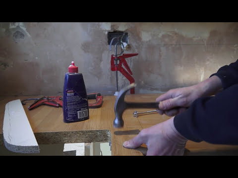 Tommy's Trade Secrets - How to Mitre a Worktop using a Router & Jig
