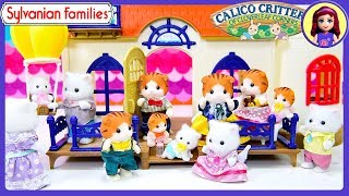 Sylvanian Families Calico Critters Starry Point Lighthouse with Maple & Persian Cat Babies Families