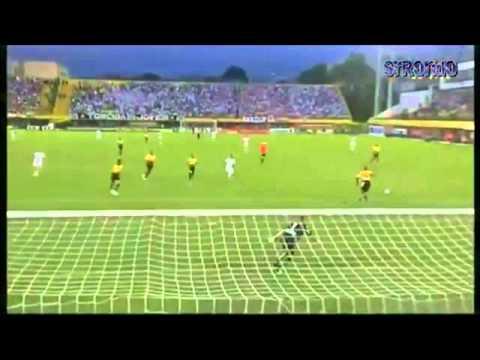 Neymar vs David Villa