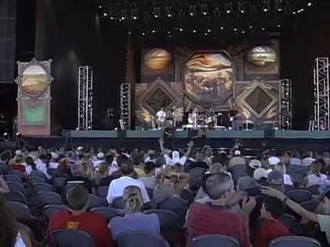 Deana Carter - Strawberry Wine (Live at Farm Aid 1999)
