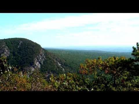 HD Mountain Scenes - Delaware Water Gap, Pennsylvania