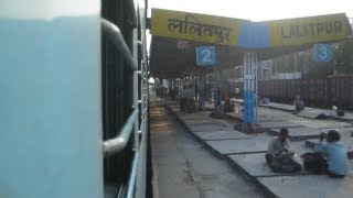 ET WAP4 honks and curves into Lalitpur  with Samta Express !