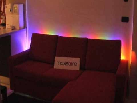 Striscia led rgb dietro a divano youtube - Distanza tv led divano ...
