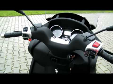 Piaggio MP3 500 LT Business-11 Roller/Scooter 2011