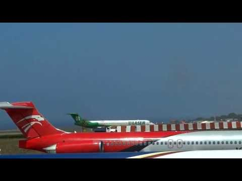 AMAZING! LASER Airlines MD-81 YV1243 Smoky takeoff from RWY 09 at Maiquetia International Airport
