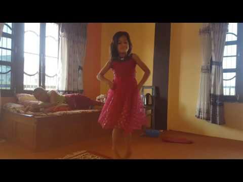 Aastha's dance in hongkong ko sarile