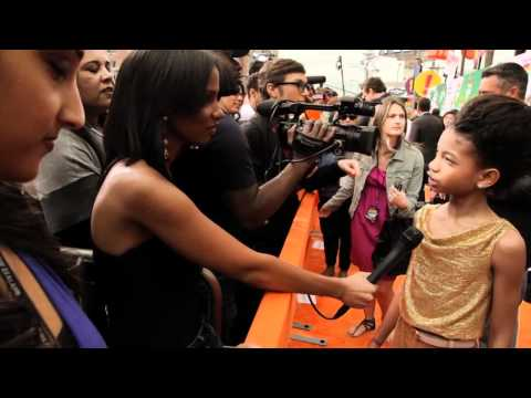 Willow Smith Rehearses for the Kids  Choice Awards (Backstage Footage)