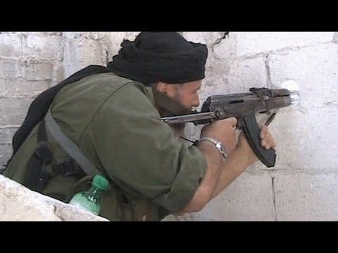 image vid�o مقتل 28 جندياً نظاميا في سراقب شمال غربي سوريا