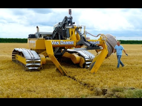 Inter-Drain GP-Series V plow | laying trenchless field drainage | Van Damme Drainage thumbnail