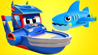 Truck videos for kids -  SHARKS versus SUPER BOAT - Super Truck in Car City !