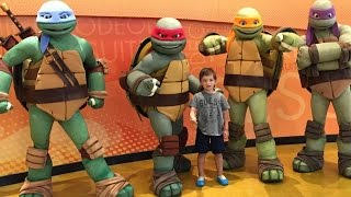 DINNER WITH NINJA TURTLES IN NICKELODEON HOTEL