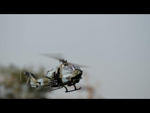 Mini Titan E 325 - Flight in the Park (Uncut and HD)