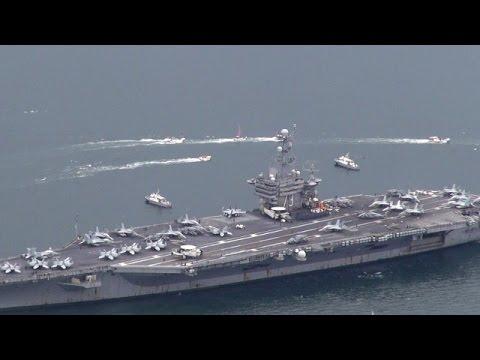 原子力空母「ジョージ・ワシントン」が佐世保港に入港
