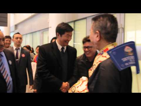 Dr Lobsang Sangay enjoy singing sungthalamo