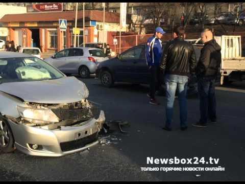 Во Владивостоке таксист беспредельщик угнал машину, устроил два ДТП и попытался сбежать