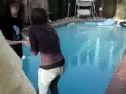 Pool&clothes