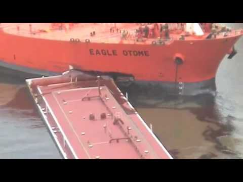 Port Arthur Oil Spill.wmv