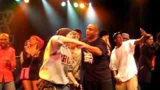 "Naughty By Nature ""Hiphop Horray"" Live In Vancity By The Archivest Feb 2009"