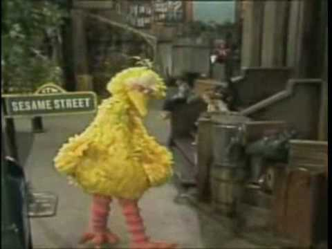 "Sesame Street Big Pimpin - ""Ain t No Fun"" Snoop Dogg, Warren G., Kurupt, Kermit, and Big Bird"