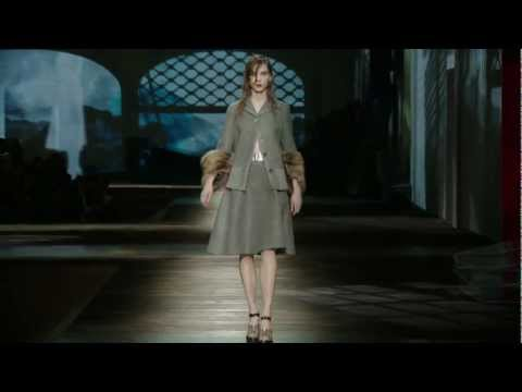 Prada Fall/Winter 2013 Womenswear Show #05