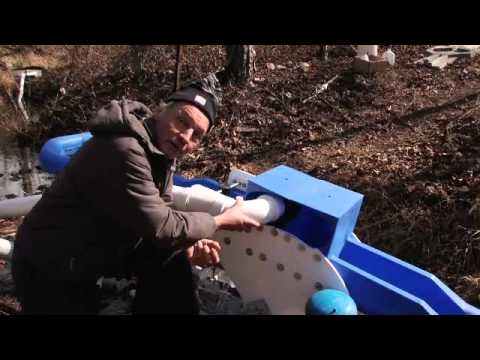 Full Belly's Gravity Water Pump