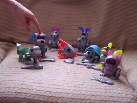 Mcdonalds Robo-Chi (Poo-chi) 2001 Mcdonalds toys in action ...